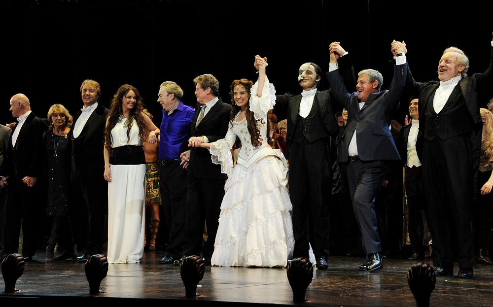 「オペラ座の怪人」25周年記念公演カーテンコール 画像2
