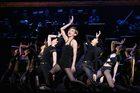 『シカゴ』宝塚歌劇100周年記念OGバージョン 舞台写真 湖月わたる